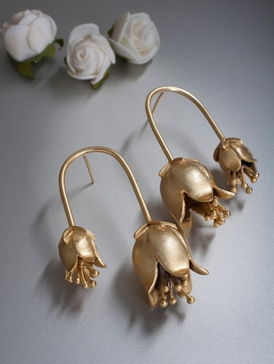 gold metal cuff earrings - 14424345 - Standard Image - 1