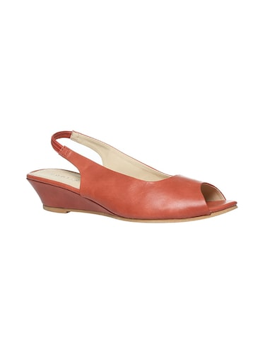 red back strap wedge - 14464615 - Standard Image - 1
