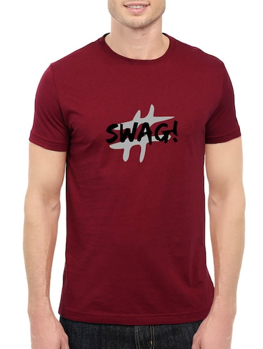 maroon cotton chest print tshirt - 14520664 - Standard Image - 1