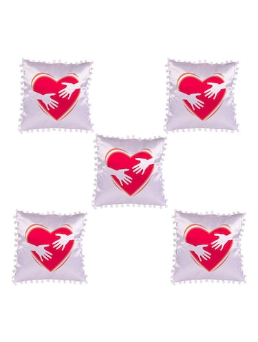 Heart Printed Set Of 5 Cushion Covers - 14535943 - Standard Image - 1