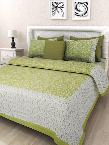 Ethnic Print Double bedsheet with two pillow covers - 14537747 - Standard Image - 1