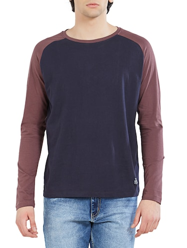 navy blue cotton color block t-shirt - 14887444 - Standard Image - 1