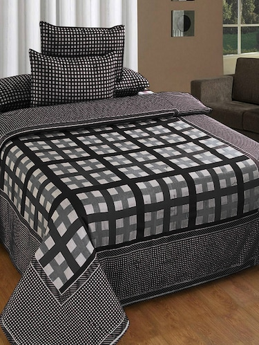 COTTON REVERSIBLE DOUBLE BEDSHEET WITH 2 PILLOW COVERS - 14894549 - Standard Image - 1