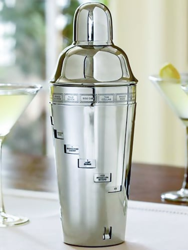 Cocktail Shaker - 14897648 - Standard Image - 1