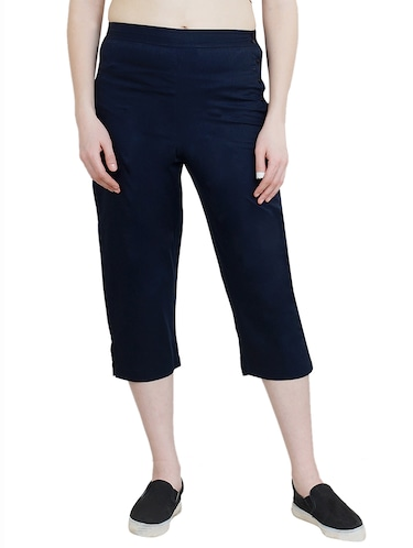 navy blue solid regular capri - 14912181 - Standard Image - 1