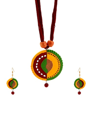 multi wood necklaces and earring - 15009804 - Standard Image - 1