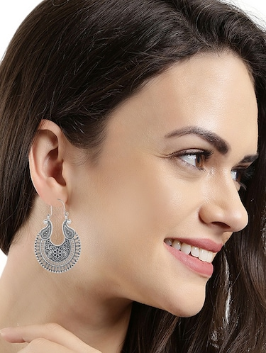 Hoop earrings - 15137661 - Standard Image - 1