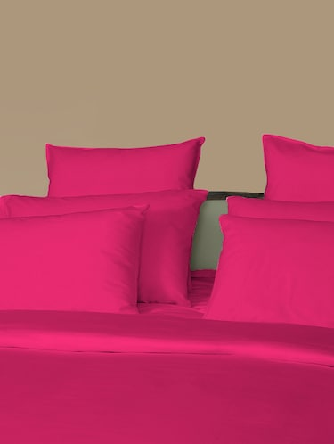 210 TC 100% Cotton Percale Solid, Hot Pink Color, Pair Of Regular Size Pillow Covers - 15170219 - Standard Image - 1