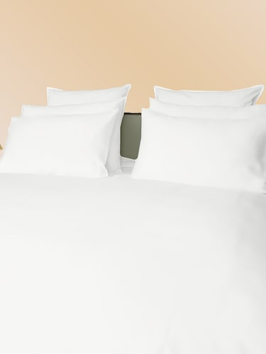 300 TC 100% Cotton Sateen Solid, Ivory Color, Pair Of Regular Size Pillow Covers - 15170254 - Standard Image - 1