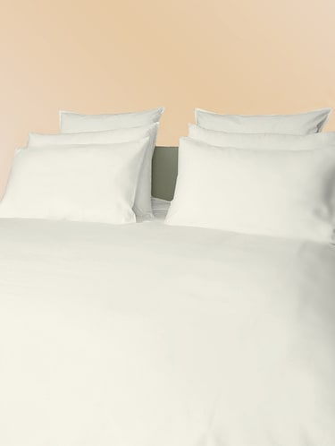 300 TC 100% Cotton Sateen Solid Pair Of Large Size Pillow Covers - 15170258 - Standard Image - 1