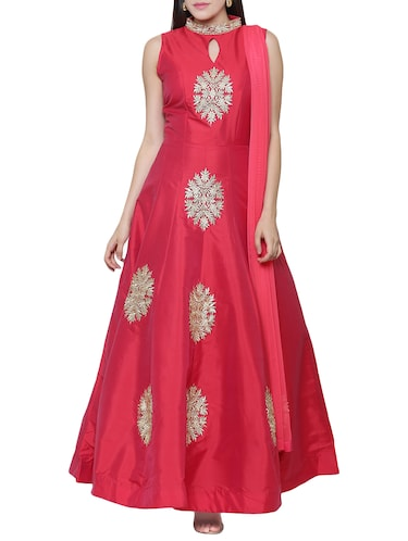 Red embroidered silk flared gown - 15195495 - Standard Image - 1