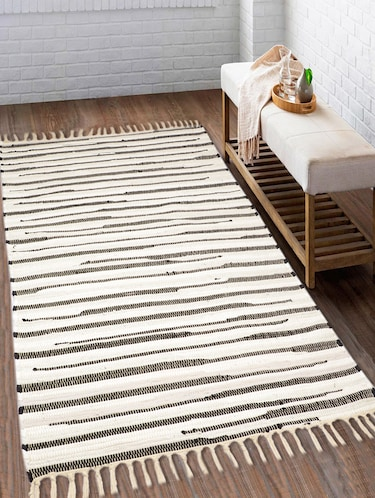 100% cotton unique design handloom made soft reversiable multi purpose Chindi rugs for regular use. Size is 90x150 cm - 15235368 - Standard Image - 1