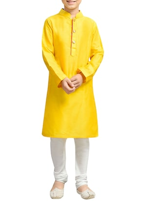 yellow cotton blend kurta set - 15288500 - Standard Image - 1