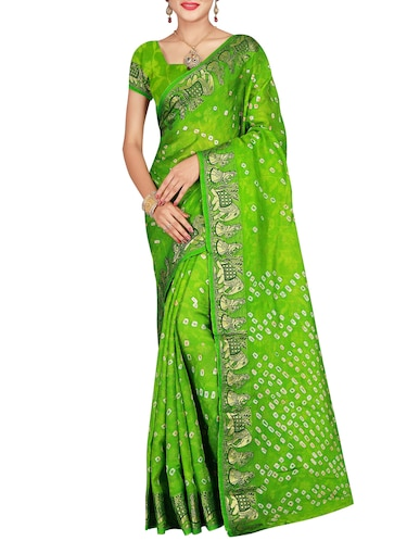 Delicate zari bordered bandhani saree with blouse - 15413672 - Standard Image - 1