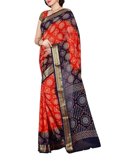 Delicate Golden bordered bandhani saree with blouse - 15413716 - Standard Image - 1