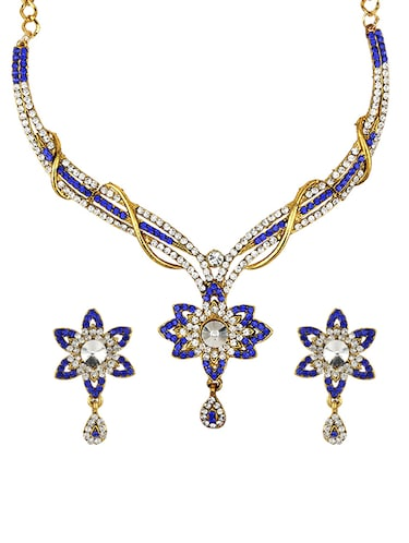 Necklaces & earrings set - 15415373 - Standard Image - 1