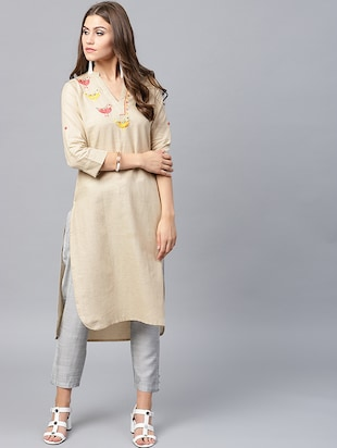 Embroidered patch work kurta - 15440550 - Standard Image - 1