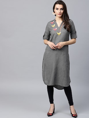 Embroidered patch work kurta - 15440553 - Standard Image - 1
