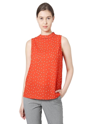 key hole back sleeveless top - 15610751 - Standard Image - 1
