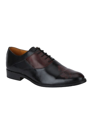 black Leather lace-up oxfords - 15613406 - Standard Image - 1