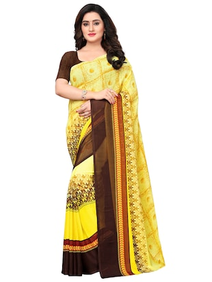 Contrast bordered geometrical saree with blouse - 15620319 - Standard Image - 1