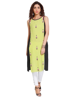 Straight embroidered kurta - 15621832 - Standard Image - 1
