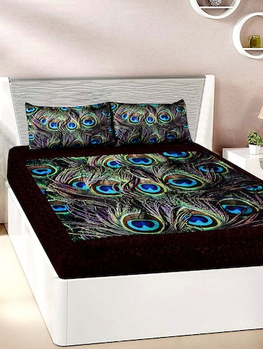 Velvet Double Bedsheet with 2 Pillow Covers - 15727228 - Standard Image - 1