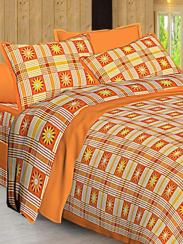 Jaipuri Print Cotton Double Bedsheet with Set of 2 Pillow Covers - 15728775 - Standard Image - 1