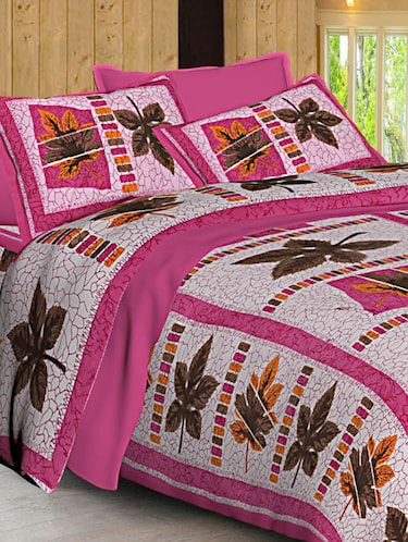 Jaipuri Print Cotton Double Bedsheet with Set of 2 Pillow Covers - 15728781 - Standard Image - 1