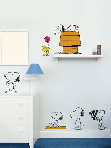 Rawpockets Wall Decals ' Snoopy Dog Story - Kid's Room '  Wall stickers (PVC Vinyl) Multicolour - 15734062 - Standard Image - 1