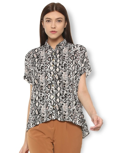 animal print asymmetric shirt - 15735399 - Standard Image - 1