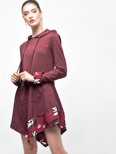 asymmetric hooded dress - 15907076 - Standard Image - 1