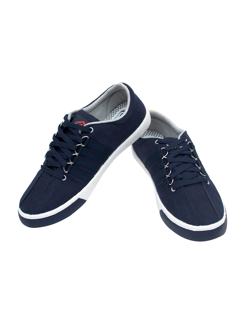 navy canvas lace up sneaker