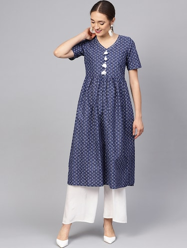 Printed flared kurta with tassels - 16165631 - Standard Image - 1
