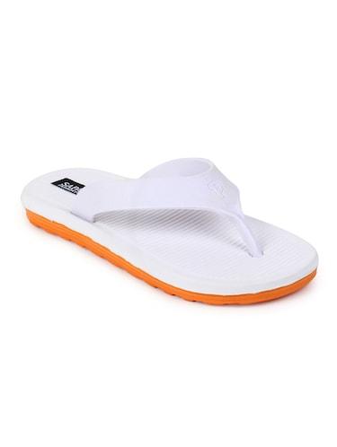 Slippers - Buy branded Slippers online